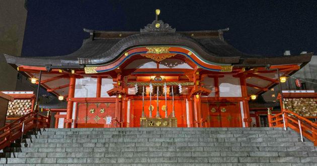 Hanazono Shrine in Shinjuku